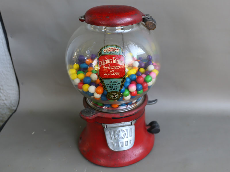 Coin Operated Arcade Penny Gumball Machine Trade