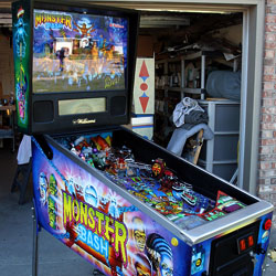 Collector Quality Monster Bash Pinball Machine video